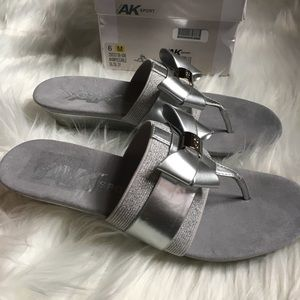 Anne klein wedge sandal size 6 women